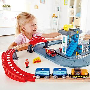 Accessoires circuit de train EMERGENCY SERVICES Hape