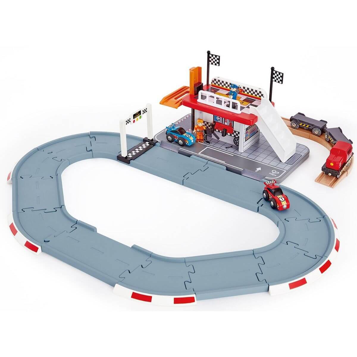 Station RACE TRACK Hape